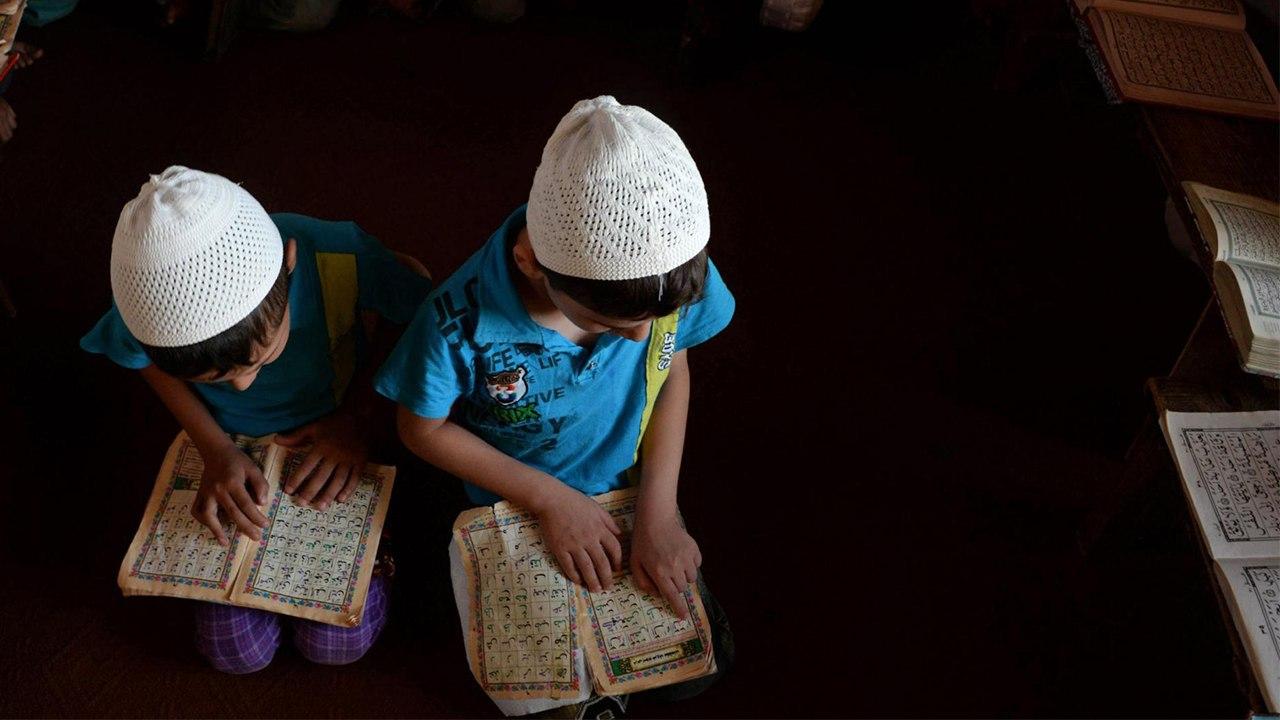 الدور التاريخي للمدارس القرآنية في مواجهة سياسة المستعمر والأمية.
