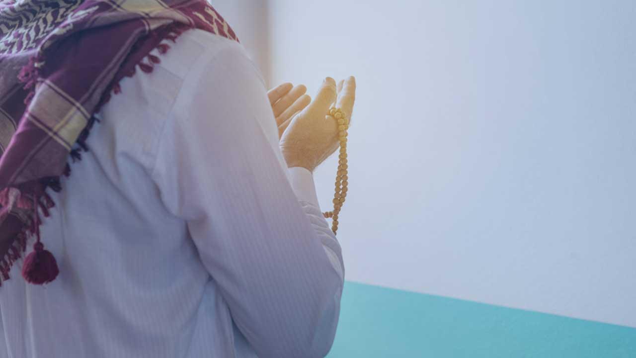 الحدث العالمي كورونا – حلاوة الصلاة في العزلة.