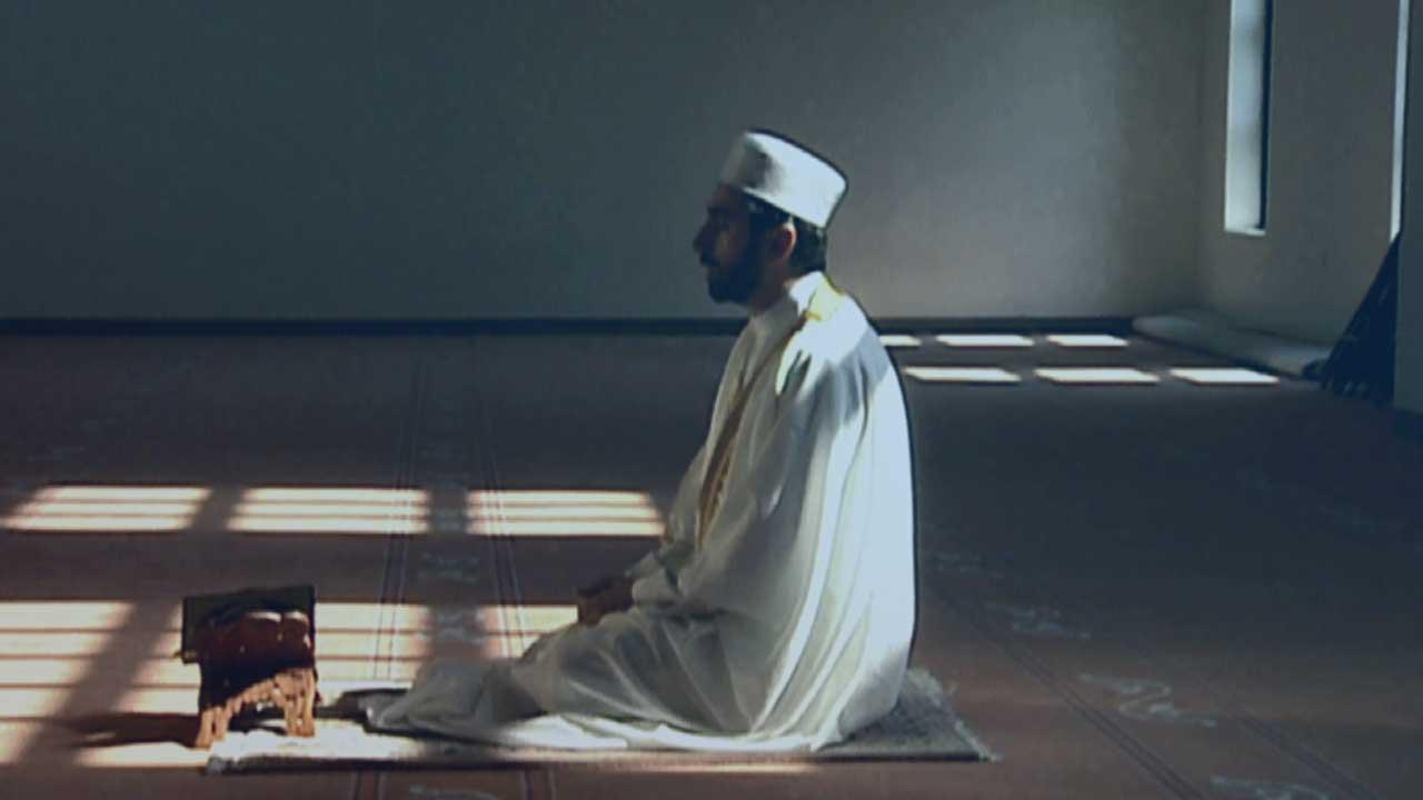 """خواطر رمضانية (6): """"لا ترض الناس بسخط الله"""""""